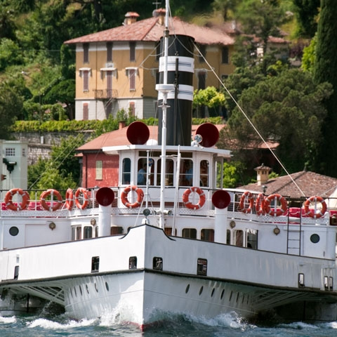 Steamer Lake Como