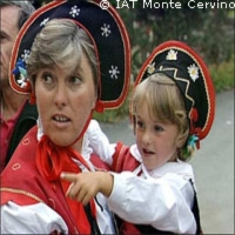 Aosta Valley Italy traditional costumes
