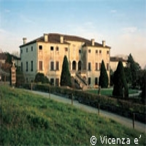 A villa in Vicenza countryside Italy