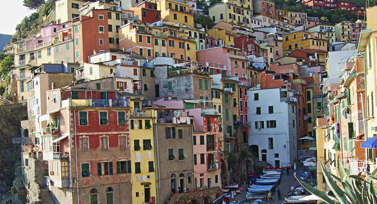 Cinque Terre Panorama 4 Day Active Package | Vacation Packages for 2021 – 2022