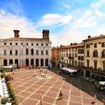 Lombardy_Bergamo_Piazza_Vecchia_View