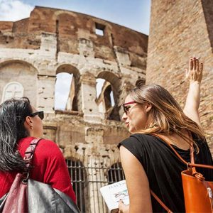 Rome Colosseum Guide and Tourists