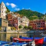 Liguria_Cinque_Terre_Vernazza_Dock_View_Boats_Colors