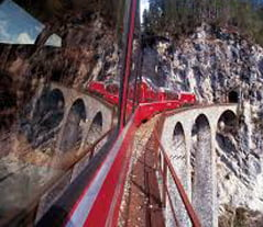 lombardy_bernina_express_glacier_train_blg02