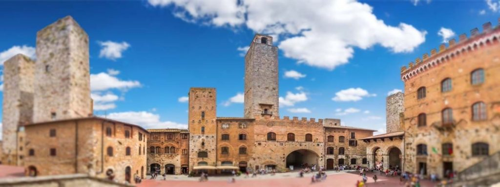 Tuscany_San_Gimignano_Square_main_View