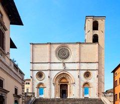 Umbria_Todi_Cathedral_blg