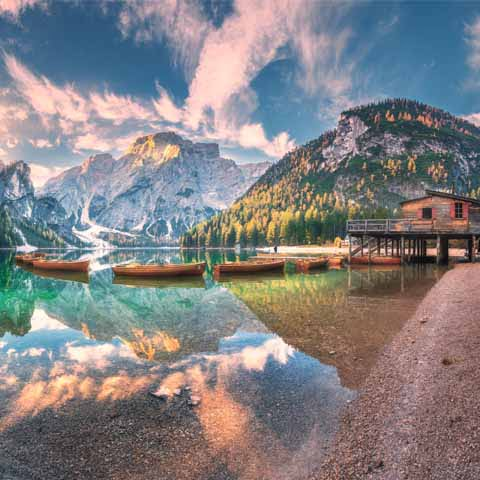 Trentino_Brunico_Lake_Braies_Boats_view