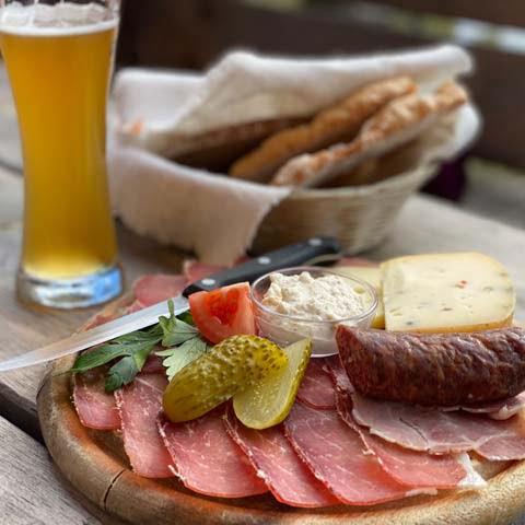 Trentino_Dolomites_Food_Tyroelan_Merenda_Dish_Oddle_View