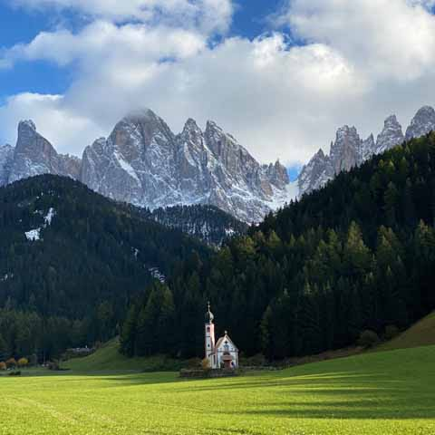 Trentino_Dolomites_San_Martino_Church_Odle_Chain