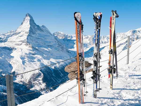Aosta_Valley_Cervinia_Mt_Cervino_Skiing_Snow