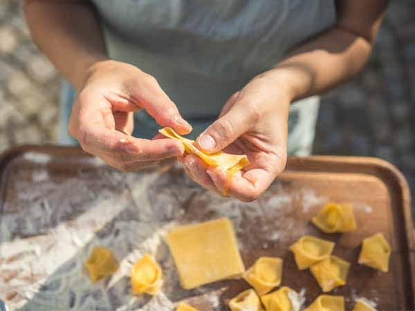 Emilia_Bologna_Cesarine_Food_Tortellini_Hand_Making_Pasta