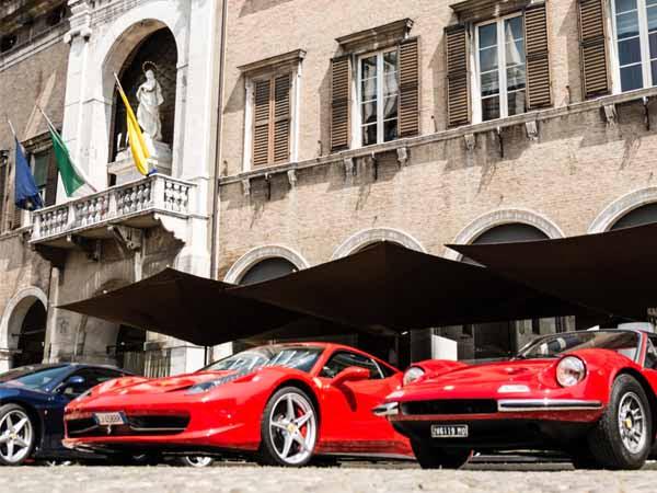 Emilia_Modena_Ferrari_Cars_Culture_Parade
