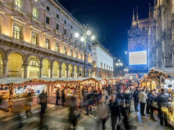 Lombardy_Milan_Christmas_Market_Obei_Obei