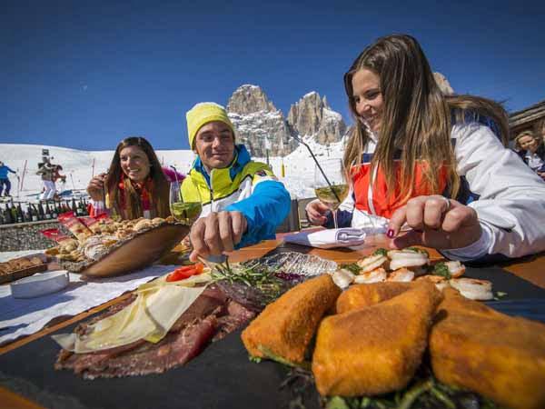 Trentino_Dolomites_Food_Ski_People_Apres_Ski