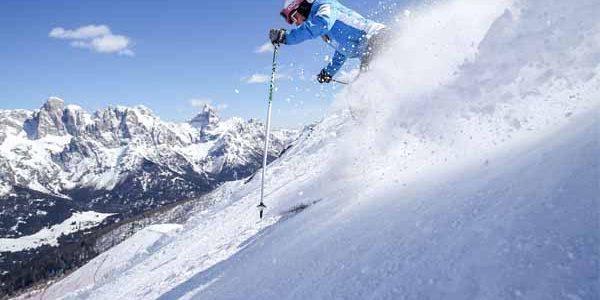 Trentino_SanMartinoCastrozza_Skiing_People_Snow