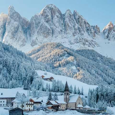 Trentino_ValdiFunes_Dolomites_S_Maddalena_Church