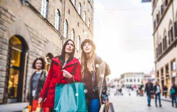 Tuscany_Florence_Women_Shopping_Wintersale_600x450