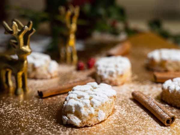 uscany_Food_Ricciarello_Pastry_Cookies_