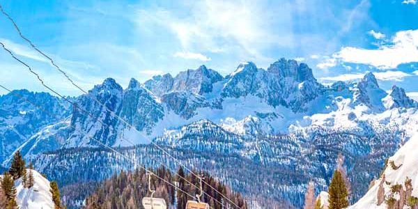 Veneto_Cortina_DAmpezzo_Dolomites_Snow