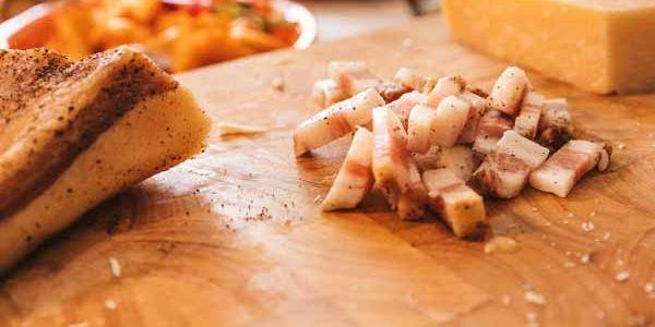Italy_Food_Carbonara_Ingredients_Prep