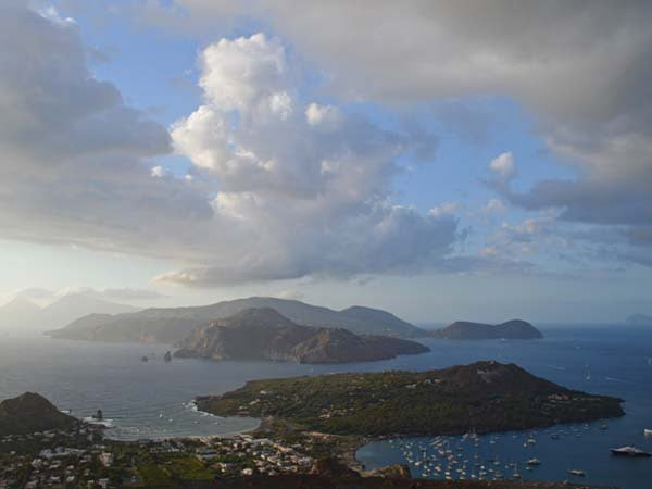 Sicily_Aeolian_Islands_Lipari_Archipelago_View