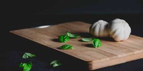 Italy_Food_Pesto_ingredients_Basil_Garli