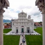 Tuscany_Pisa_Leaning_Tower_View_Detail