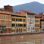Tuscany_Pisa_Street_view_Culture_Arno_River