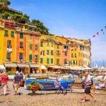 Liguria_Portofino_Piazzetta_Life_People_Tourists