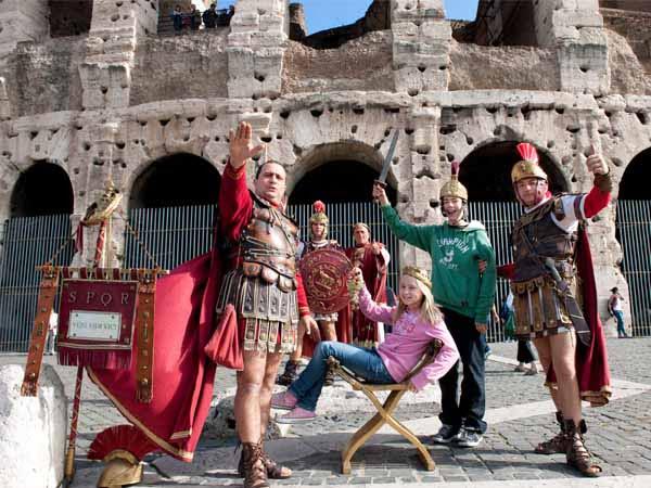 Lazio_Rome_Kids_Playing_History_Colosseum